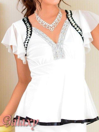 画像1: 胸元Vライン*ビジュ&スパンコール装飾ストレッチミニワンピ*3color